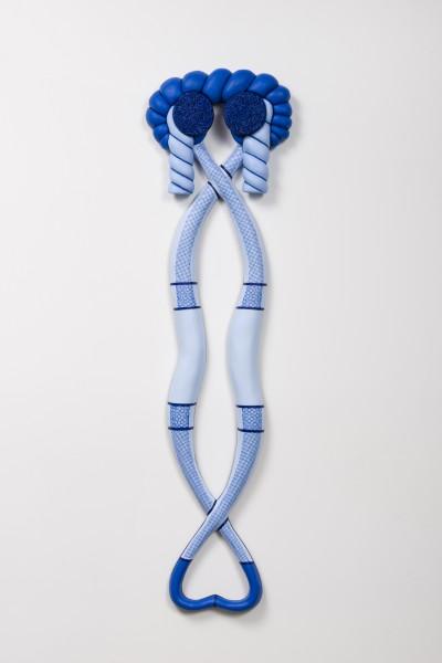 Erik Frydenborg, Blue Warp, 2016. Polychromed urethane. 52 x 14 x 3 inches. Photograph by Jeff McLane.